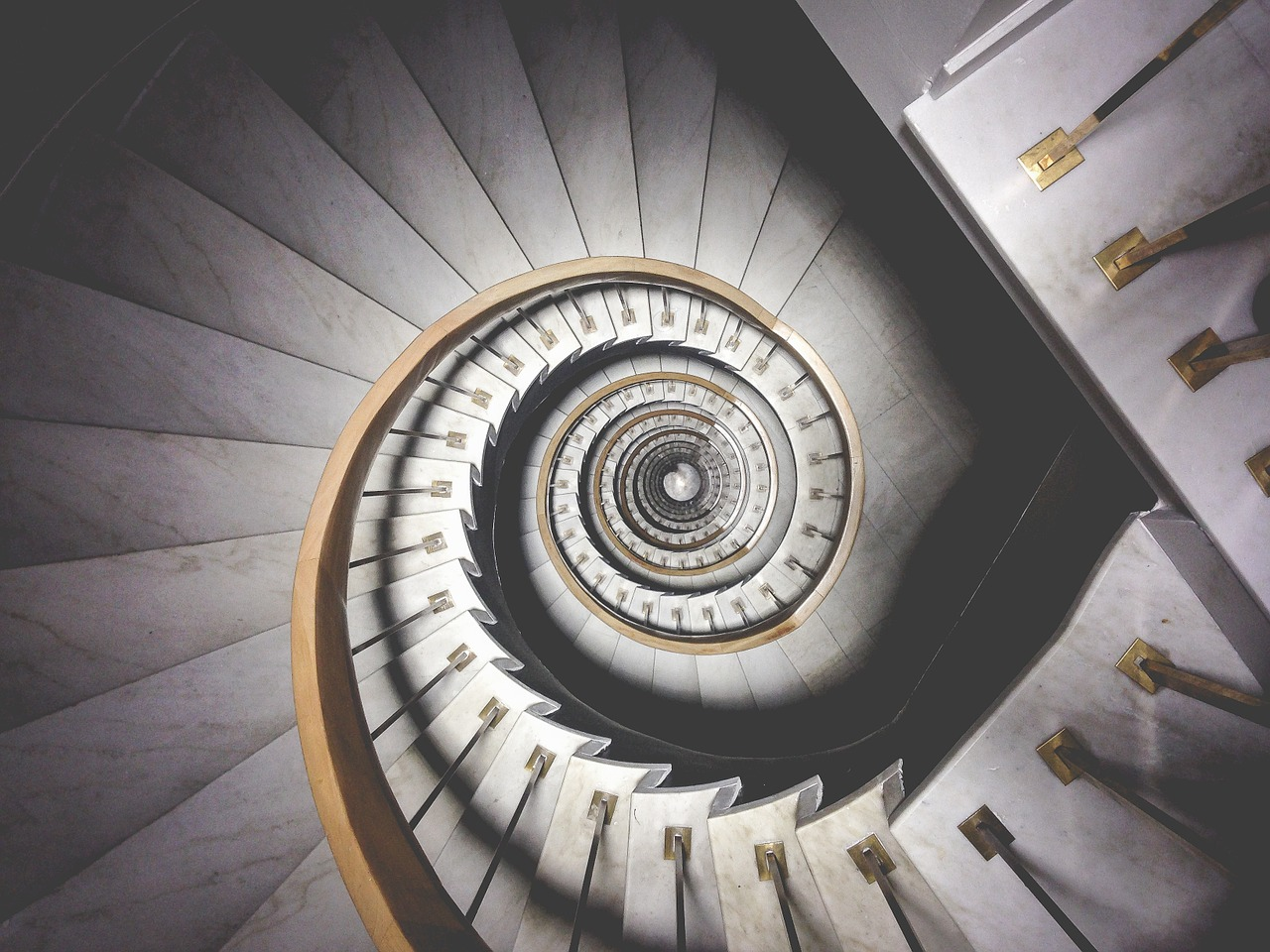 Spiral Staircase in lucid dreaming