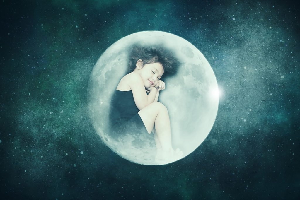 girl sleeping in lucid dreaming